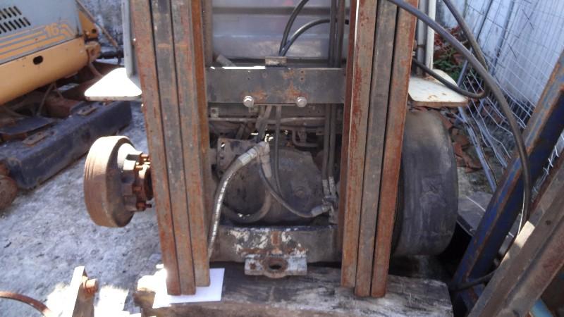 EMPILHADEIRA À COMBUSTÃO GLP, TOYOTA, MOD. 8FG25, ANO 2008, SERIE 14261