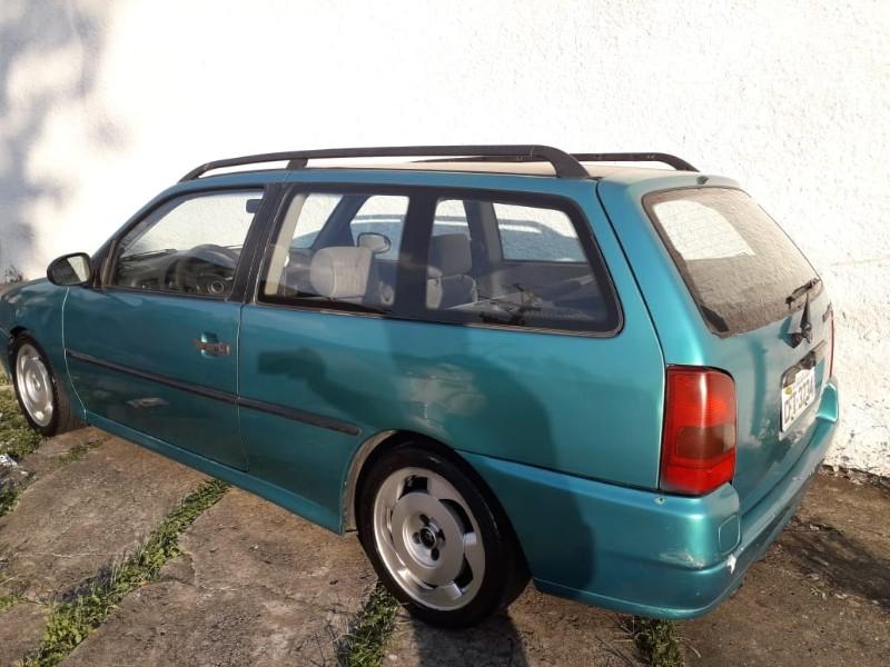 VW; PARATI CL I; 1996/1996; VERDE; GASOLINA - Ar Cond., Dir. Hidráulica, Rodas Aro 15