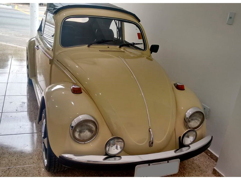 CLASSICO AIRCOOLED - VW; FUSCA 1500; 1977/1977; BEGE; GASOLINA