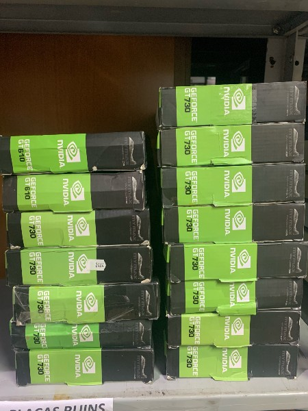 LOTE COM: 15 Placas de vídeo GeForce. Sendo 13: GT 730 GB, e 2 GT: 610 1gb