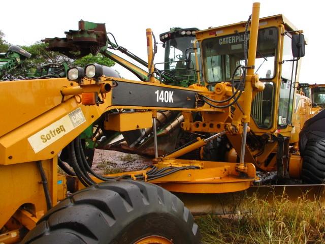 MOTONIVELADORA CAT 140K - FROTA 4600015  ANO FABRICAÇÃO 2012