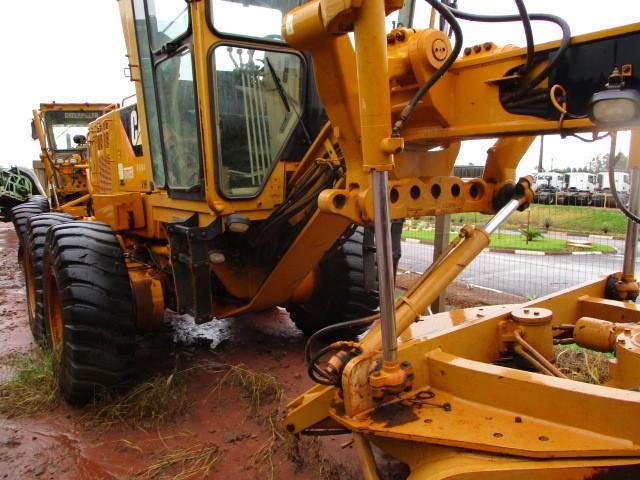 MOTONIVELADORA CAT 140 K - FROTA 4600016 - ANO FABRICAÇÃO 2012